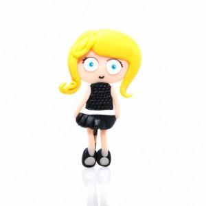 Broche Personalizado Chica Rubia Vestido Negro