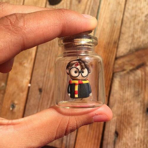 Muñecos en bote de cristal